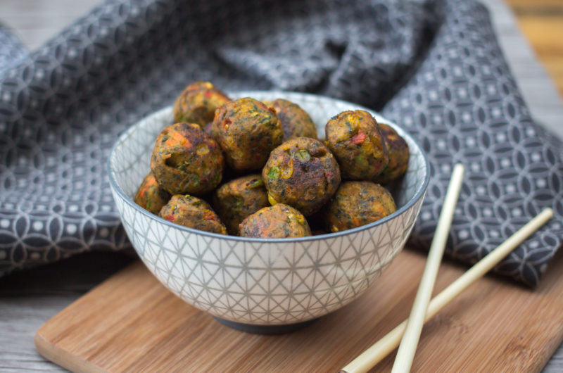 Asian Inspired Turkey Meatballs With A Soy & Lime Dipping Sauce